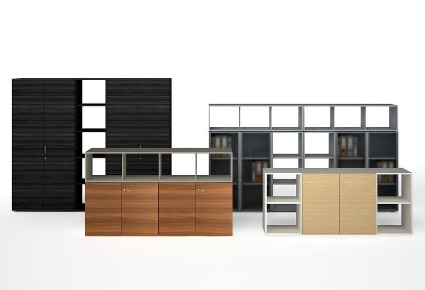 Mobile ufficio modulare in legno case estel group for Finestre velux orizzontali