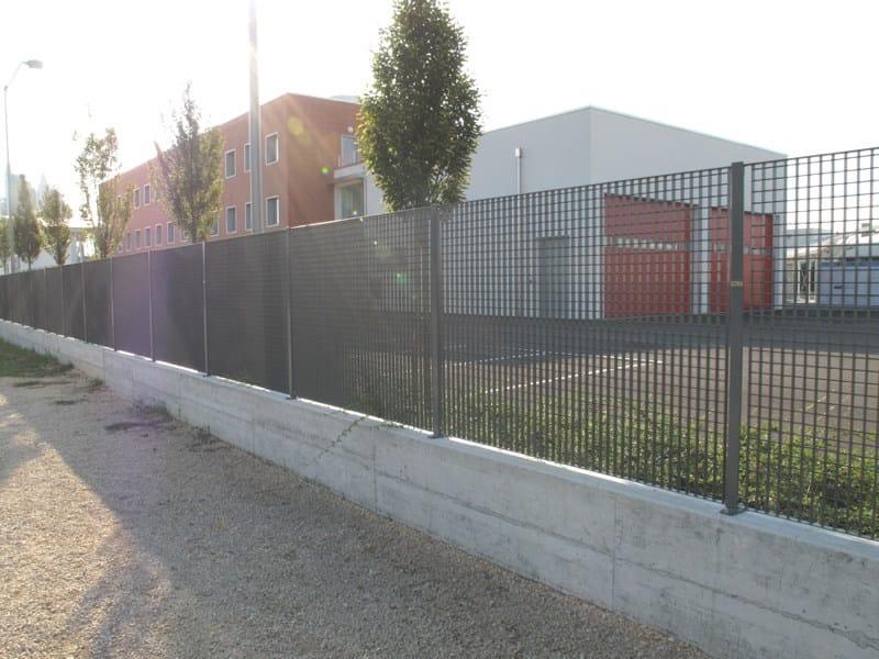 Recinzione modulare in acciaio quadra grigliati baldassar for Baldassar recinzioni