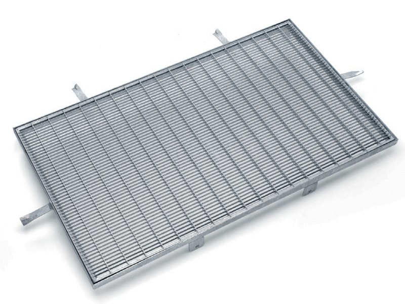 Steel Manhole cover and grille for plumbing and drainage system / Grille FELIX - GRIGLIATI BALDASSAR
