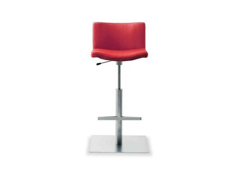 High upholstered stool WAVE 901 | Stool - Tonon