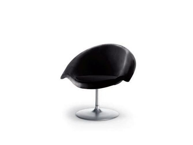 Swivel expanded polyurethane easy chair NUVOLA 943 - Tonon