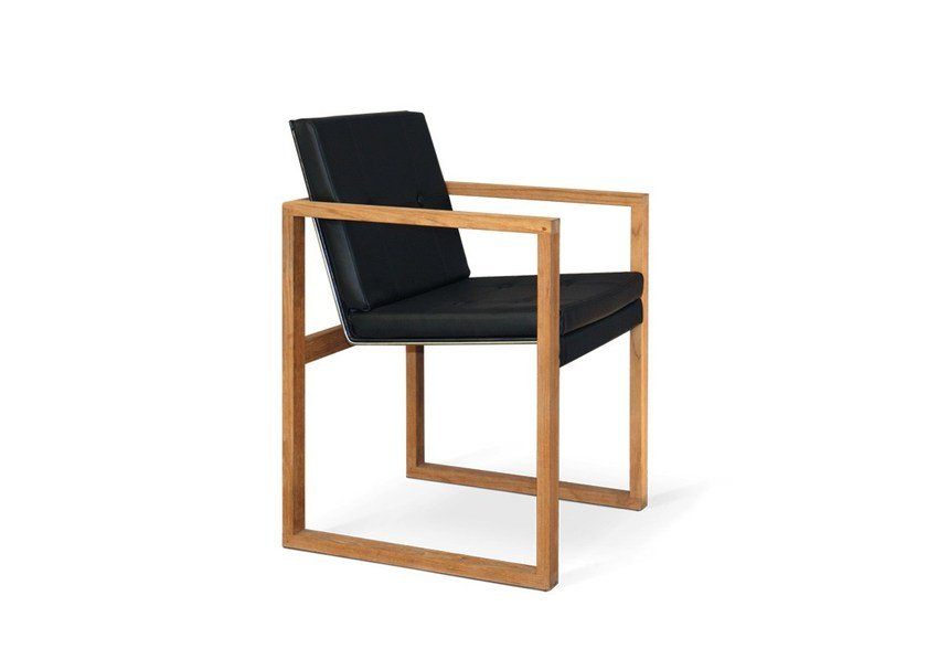Sled base garden chair with armrests BUTAQUE TEAK - FueraDentro