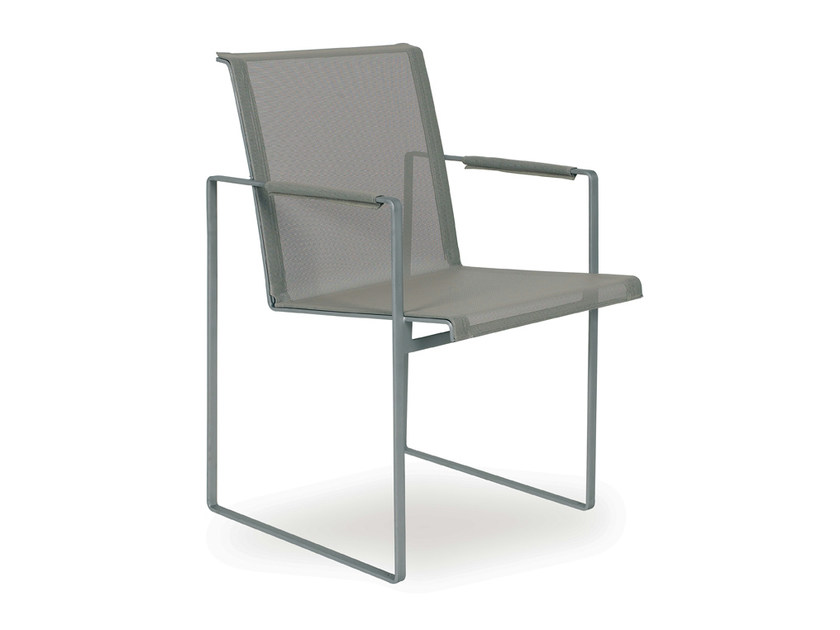 Batyline® garden chair with armrests SILLÓN by FueraDentro