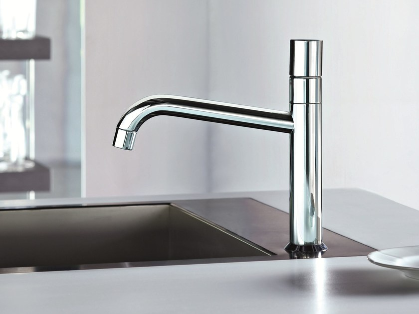 Countertop kitchen mixer tap with swivel spout NOSTROMO | Kitchen mixer tap - Fantini Rubinetti