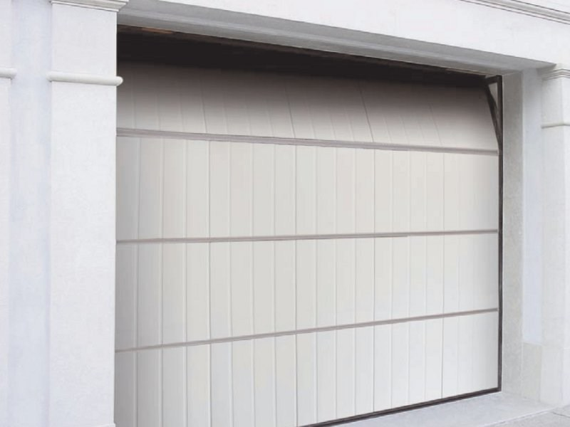 Aluminium garage door PEGASO DOGA by Breda
