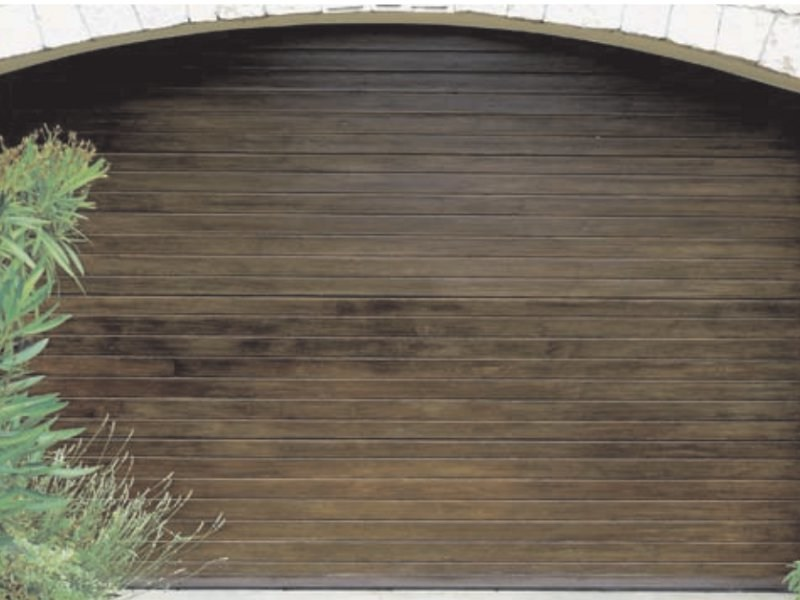 Multi-layer wood garage door GARA by Breda