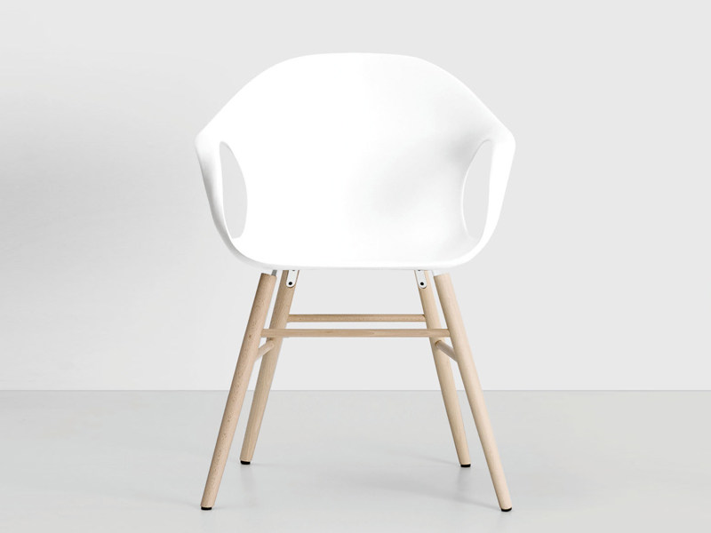 Polyurethane chair with armrests - Elephant Wood