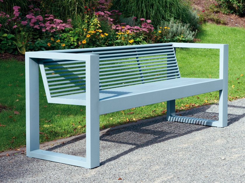 Bench with armrests