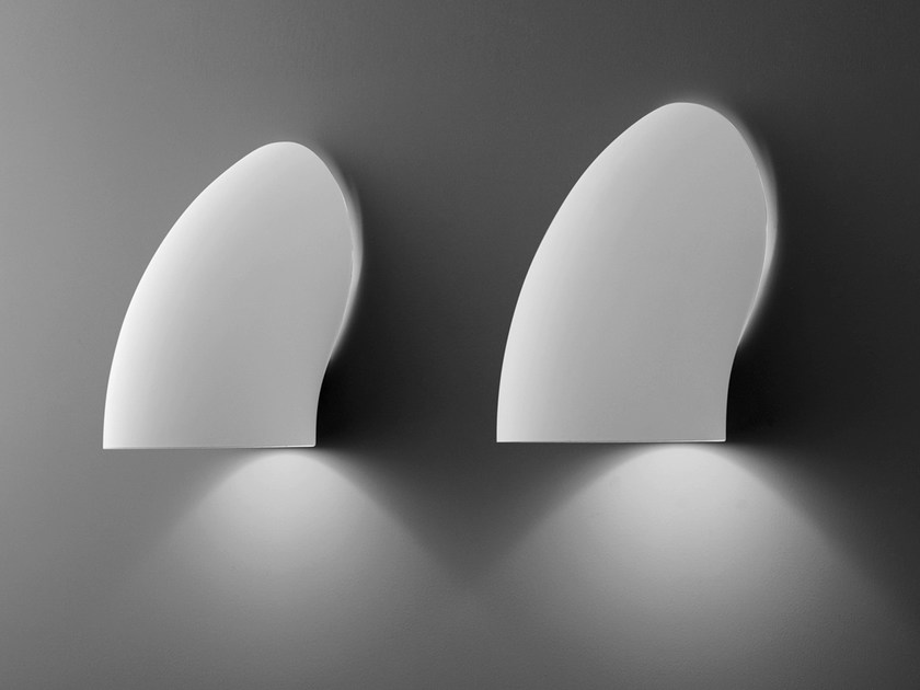 Design direct light fluorescent resin wall lamp