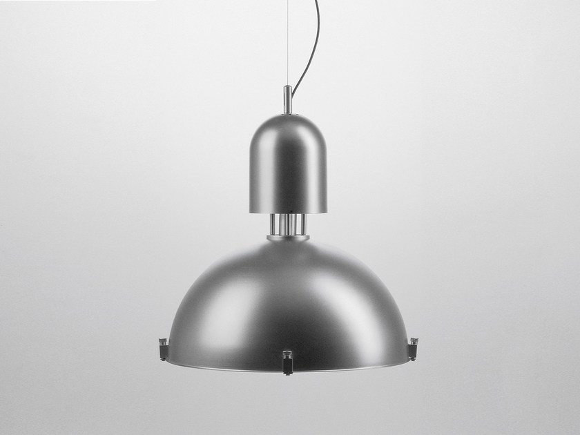 Direct light pendant lamp
