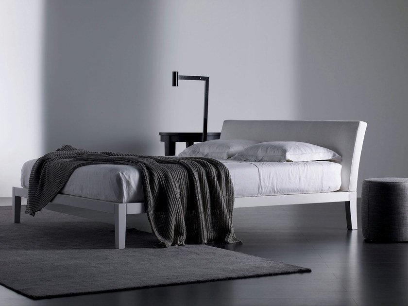 Double bed with removable cover PORT by Meridiani