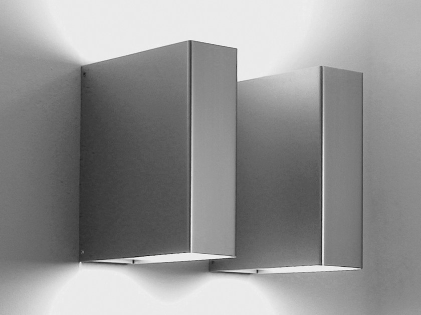 Direct-indirect light aluminium wall lamp