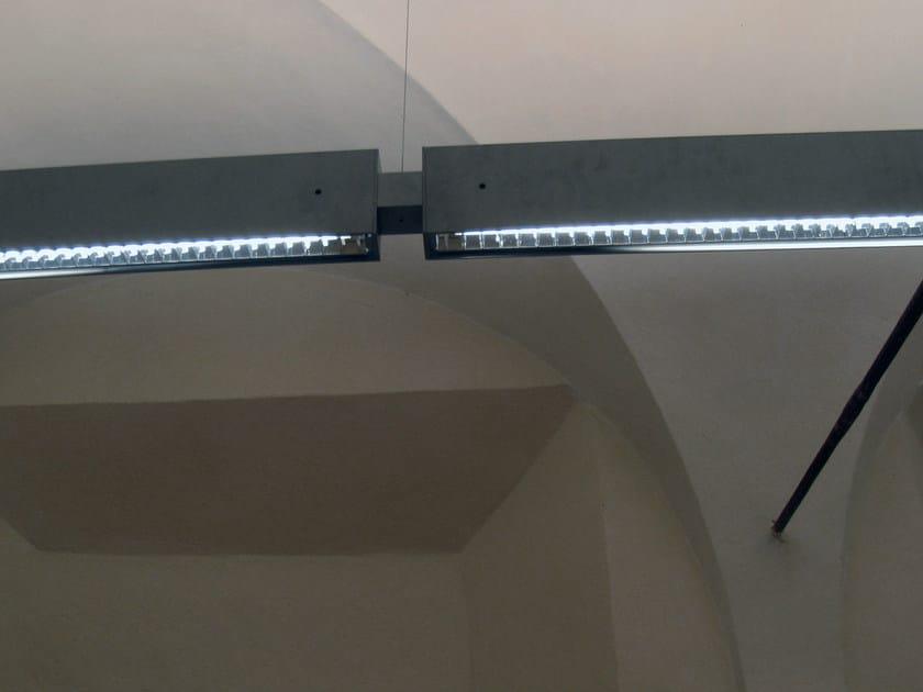 Direct-indirect light fluorescent pendant lamp