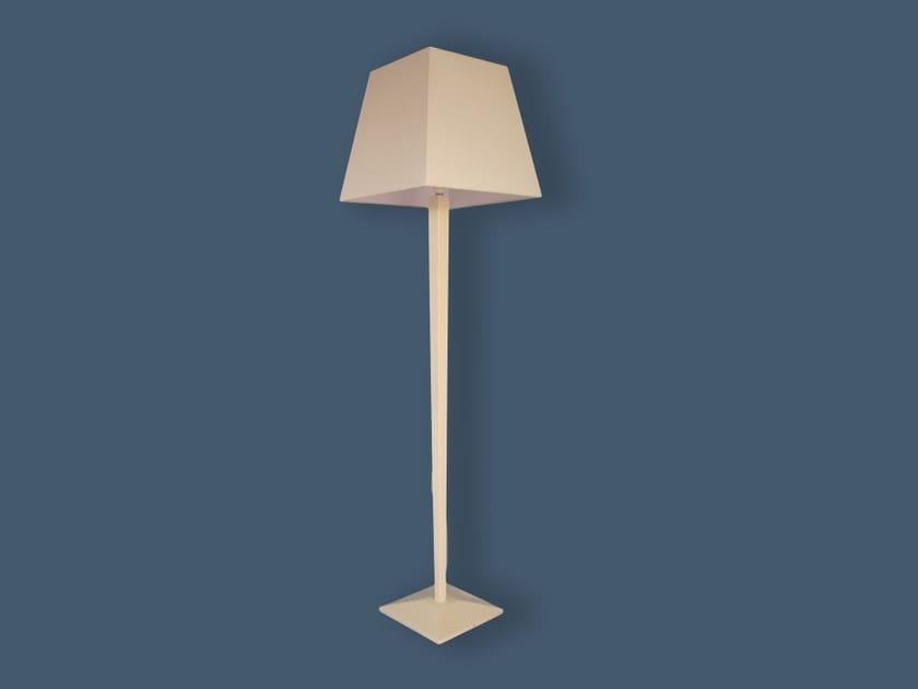 Floor lamp COMPLETE LIGHTING   Floor lamp by Ipsilon PARALUMI