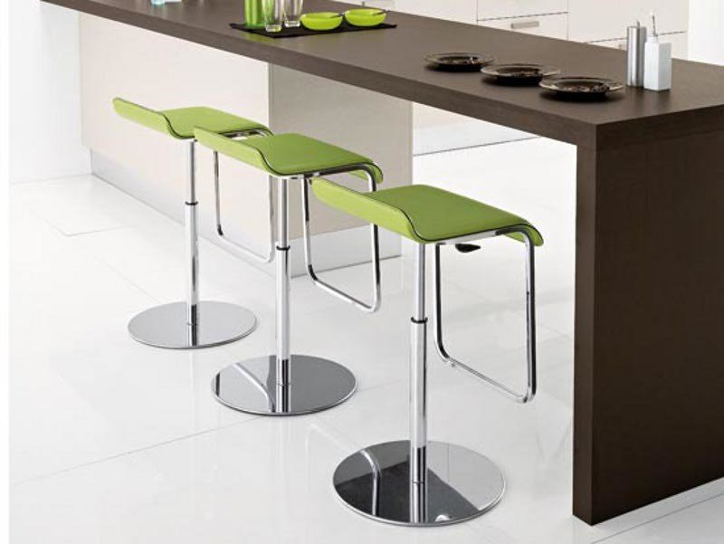 Height-adjustable high swivel stool COOL-SG by DOMITALIA