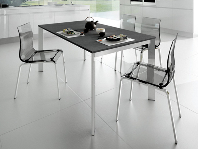 Lacquered steel table