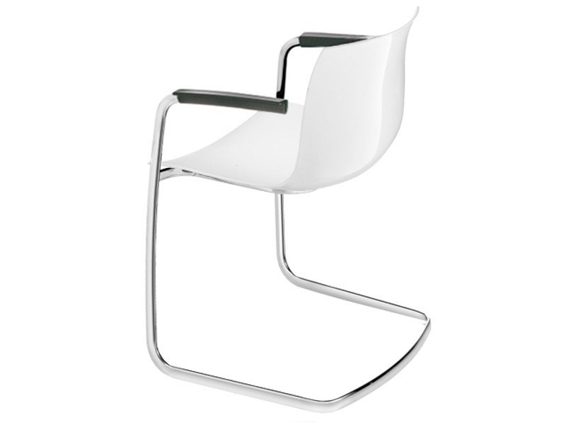 Cantilever chair with armrests CATIFA 53 | Cantilever chair - Arper