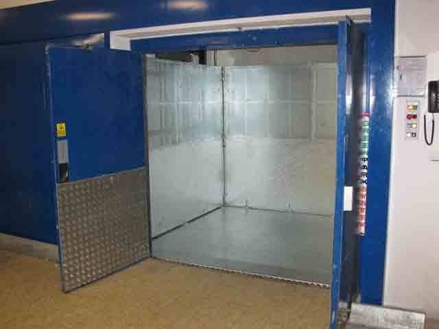 Service lift Minilift M2 CCB by GREEN PARK