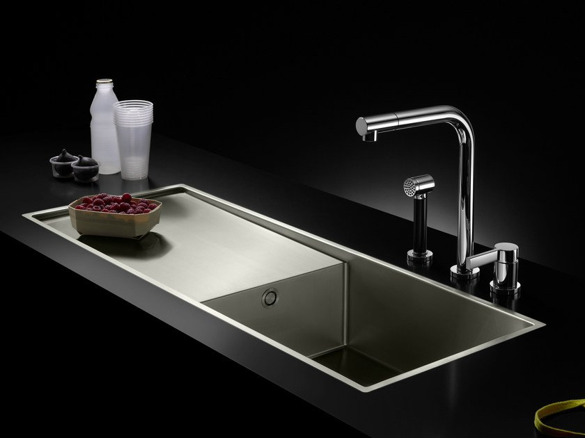 Lavello in acciaio inox con sgocciolatoio water units for Lavelli cucina inox
