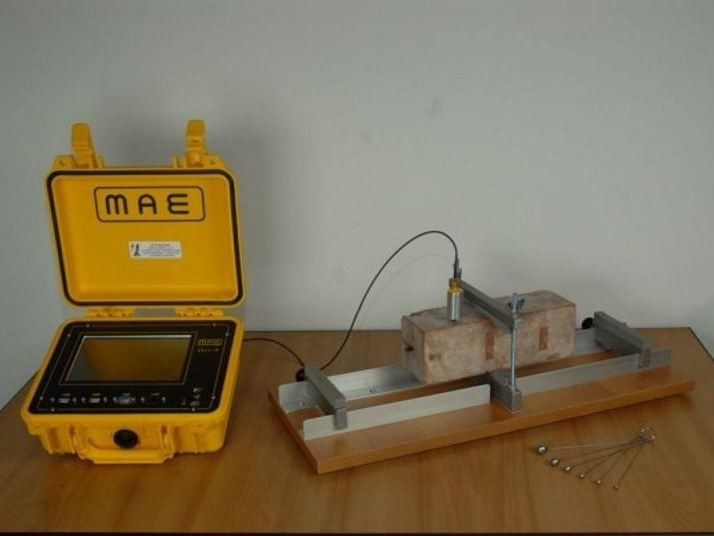 Instrumentation for load test and trial MEASURE OF THE RESONANCE FREQUENCY - M.A.E. - Advanced Geophysics Instruments