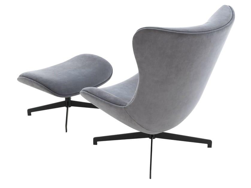 poltrona girevole imbottita amy ligne roset. Black Bedroom Furniture Sets. Home Design Ideas