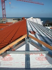 01_DuPont Tyvek Solid application