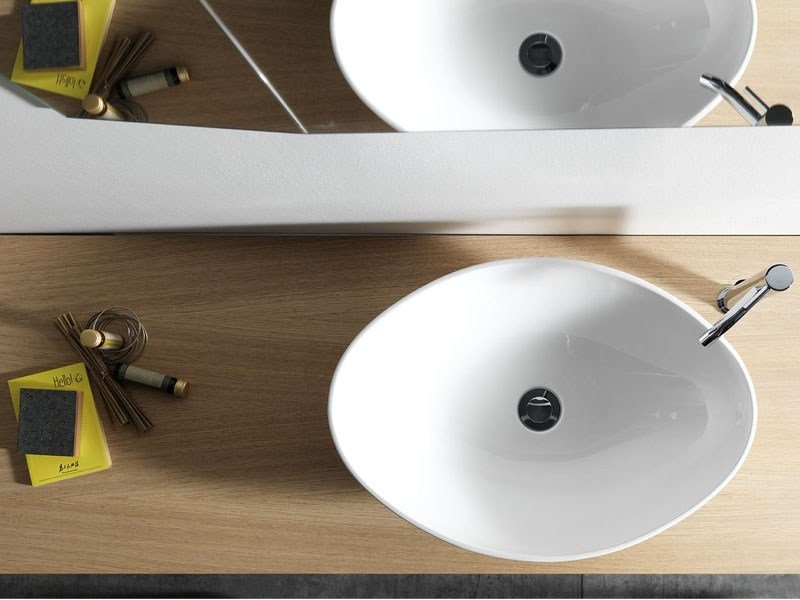 Contemporary style countertop ceramic washbasin BELL by Ex.t