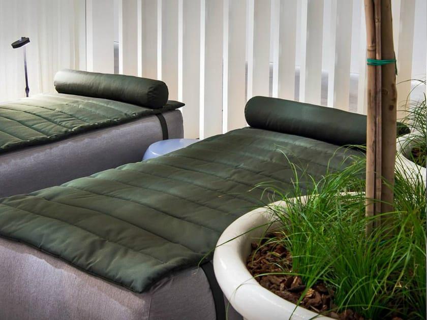 Letto da giardino in tessuto claud letto da giardino for Letto giardino