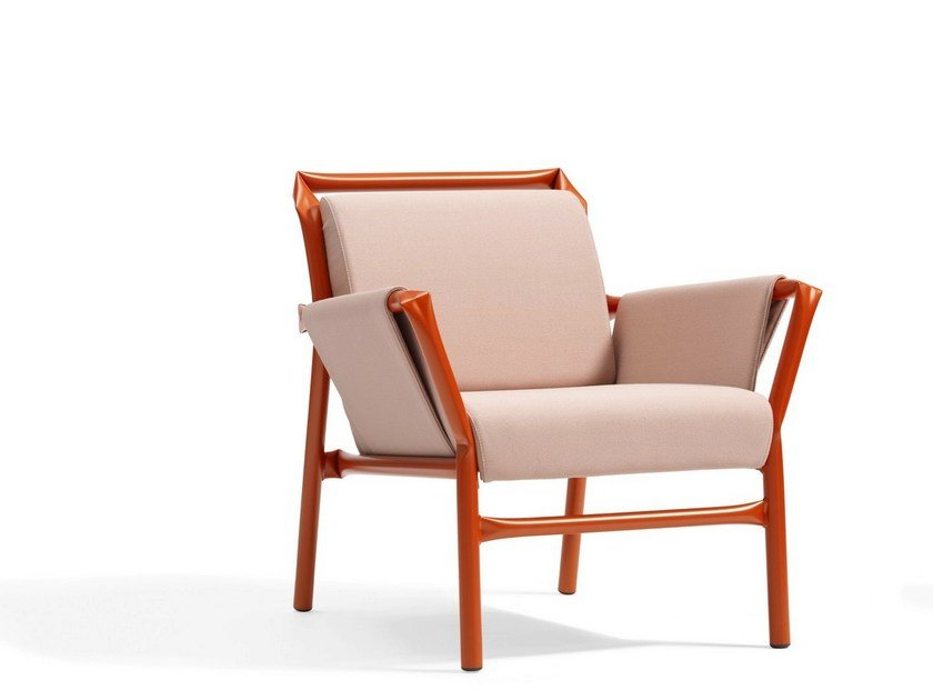 Upholstered armchair with armrests SUPERKINK | Armchair by Blå Station