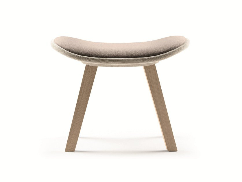 Wooden footstool KUSKOA | Footstool - ALKI