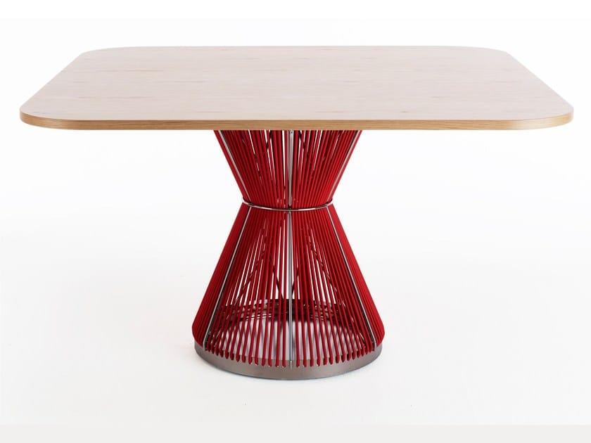Square oak table - Tavolo quadrato in rovere