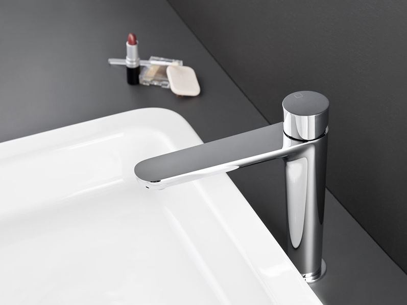 Countertop single handle washbasin tap QUEEN by CRISTINA