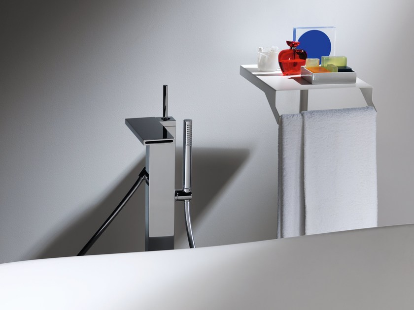 Floor standing bathtub mixer with hand shower