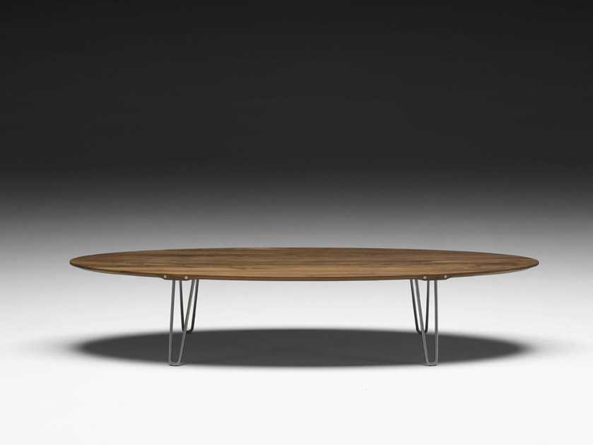 Table Basse Ovale En Noyer Ak 1880 By Naver Collection Design Nissen And Gehl