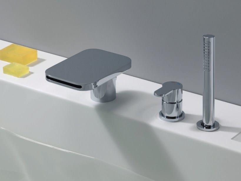 Bathtub set with hand shower