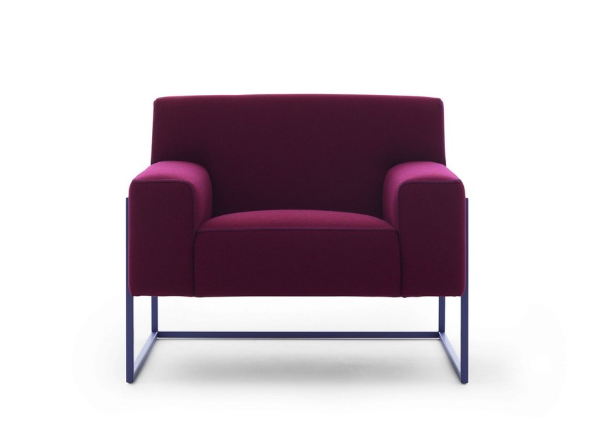 Upholstered fabric armchair ADARTNE - LEOLUX