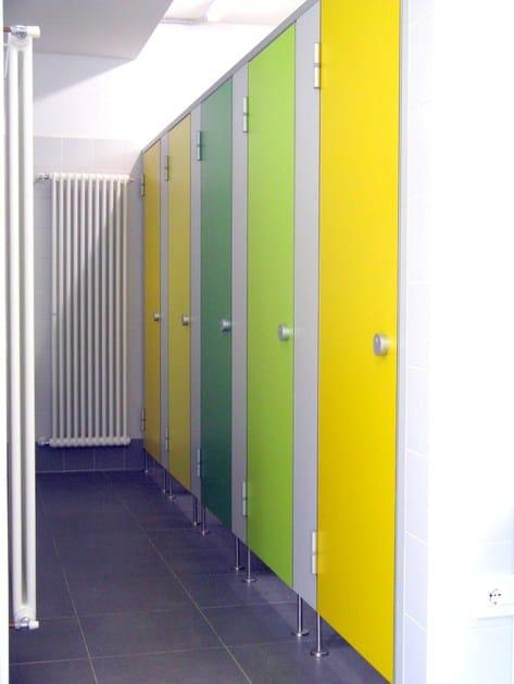 Parete divisoria per bagni in hpl ef3 erwil - Porte per bagni pubblici ...