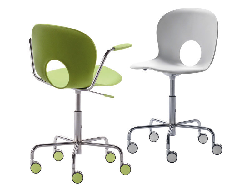 Task chair with 5-Spoke base with casters OLIVIA | Chair with 5-spoke base by REXITE