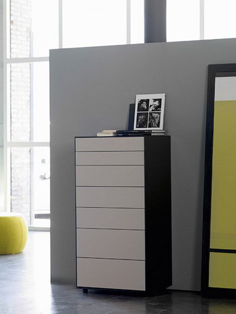 Lacquered chest of drawers LAUKI | Lacquered chest of drawers by TREKU
