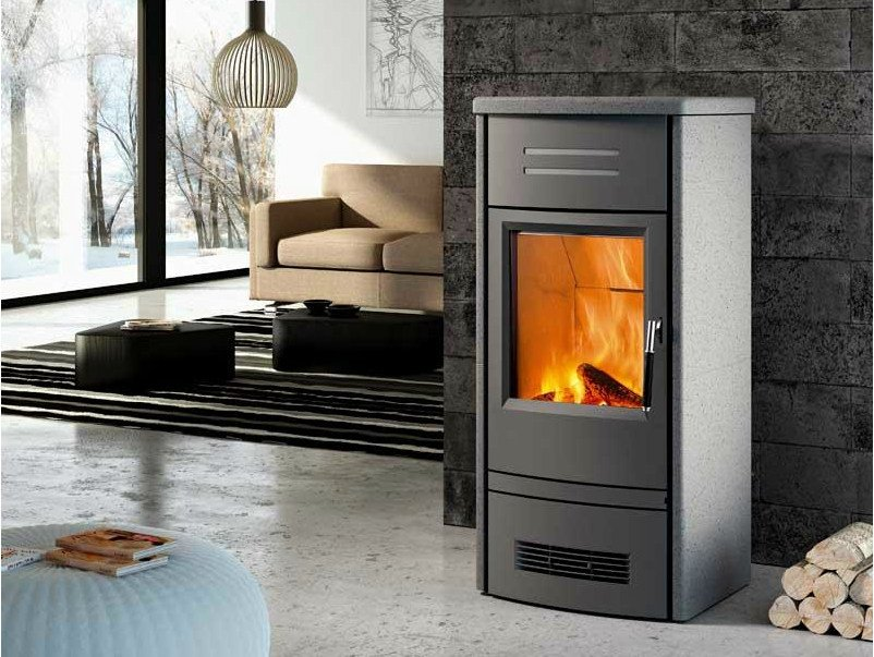Wood-burning faïence stove E927 M | Wood-burning stove by Piazzetta