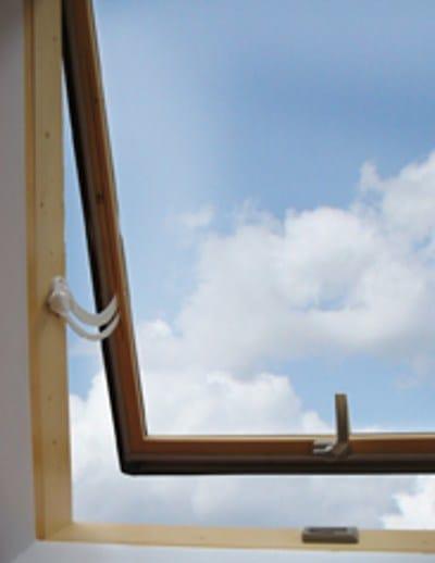 Finestra da tetto luna luxin for Lucernari da tetto