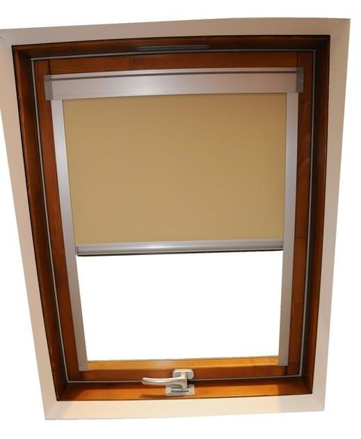Tenda per finestre da tetto oscurante in tessuto tecnico for Finestre a soffitto