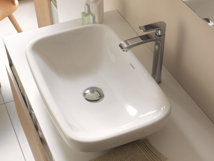 Countertop ceramic washbasin