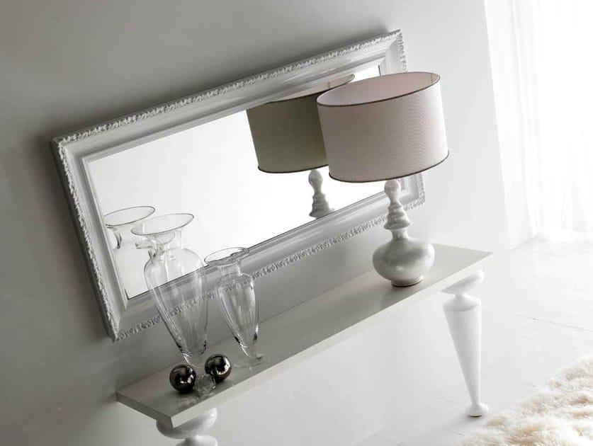 Specchio a parete con cornice greta cortezari for Specchio da parete bianco lucido