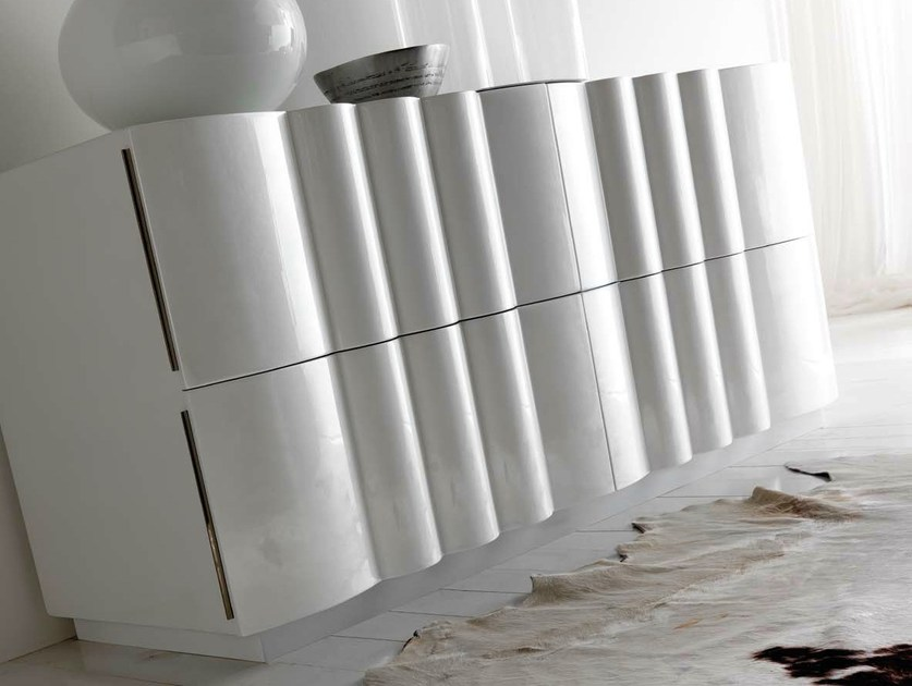Lacquered dresser LEON - CorteZari