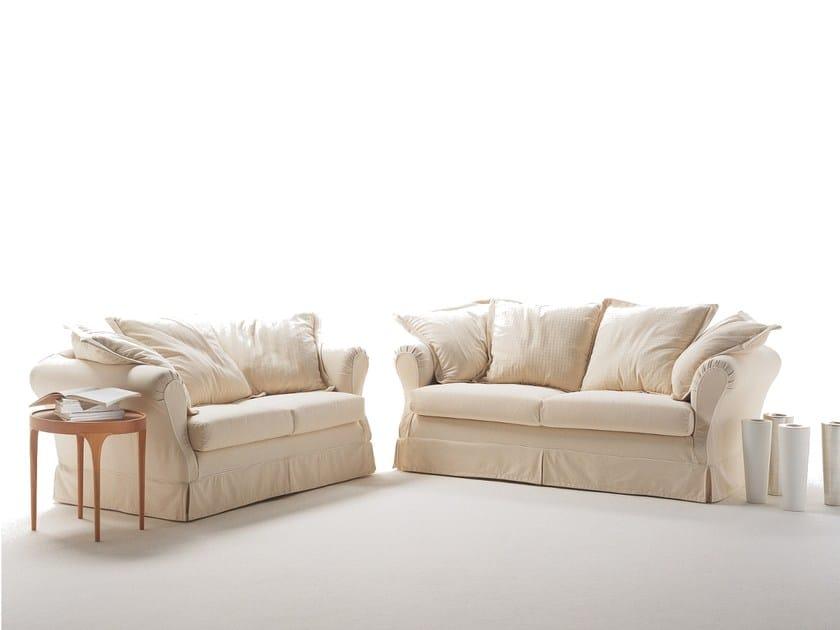 Amazing divano letto a posti with divani letto due posti - Cuscini quadrati per divani ...