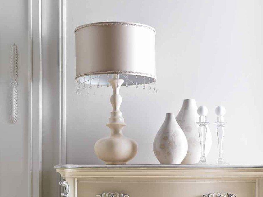 Noisette cat. B - Tabula Nacre lampshade 35 cat. H - cord border with Swarovski crystals and clear glass droplets