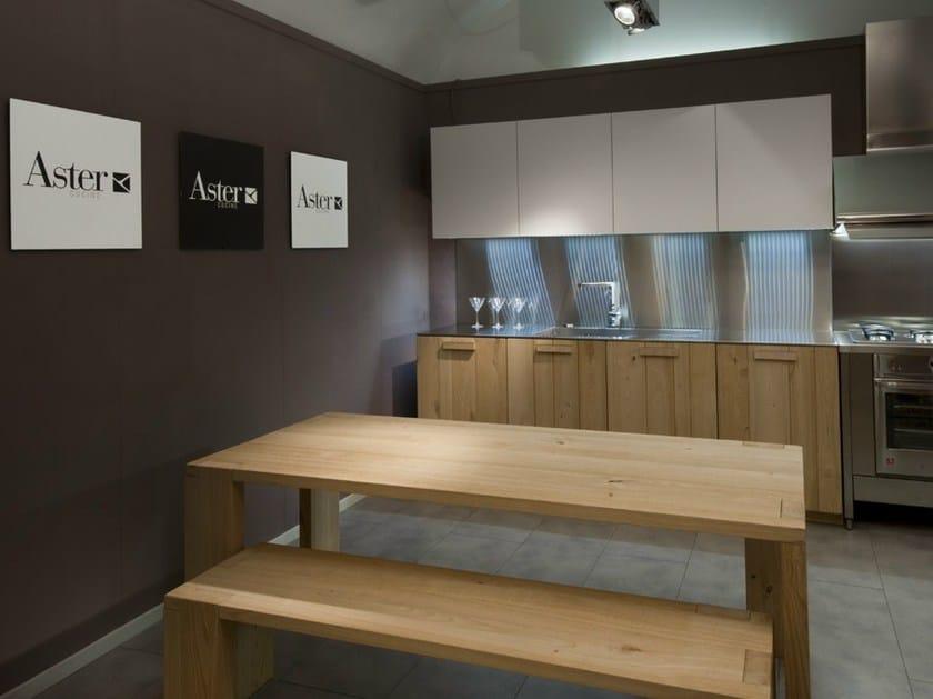 Cucina in legno massello noblesse cucina in legno massello aster cucine - Cucine legno massello ...