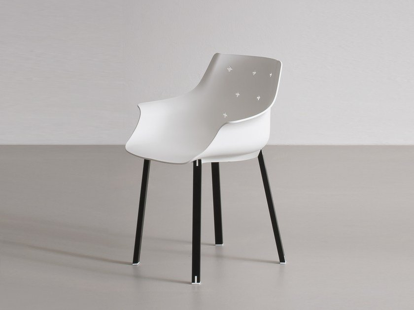 Polypropylene chair with armrests MORE by GABER