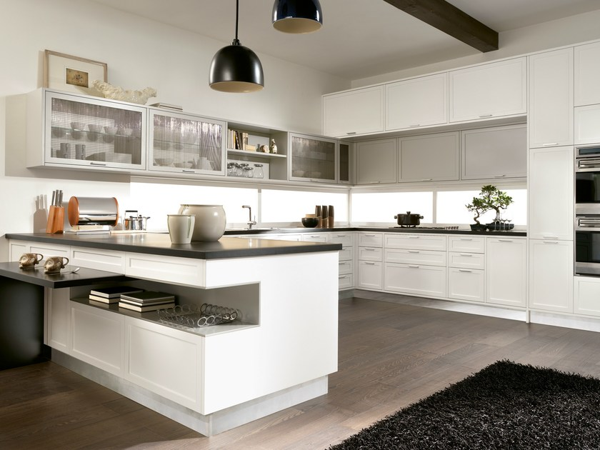Lacquered kitchen TIMELINE | Kitchen with peninsula by Aster Cucine